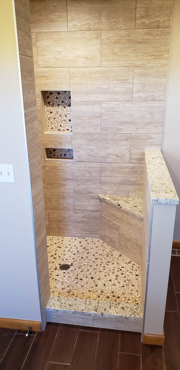 hip wall shower