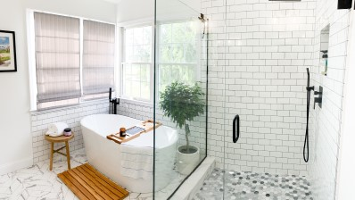 Steller Construction Bath Renovation